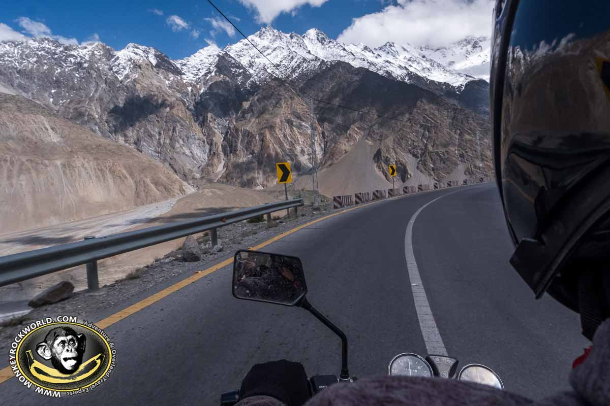 Karakoram Highway tour Hunza valley guide