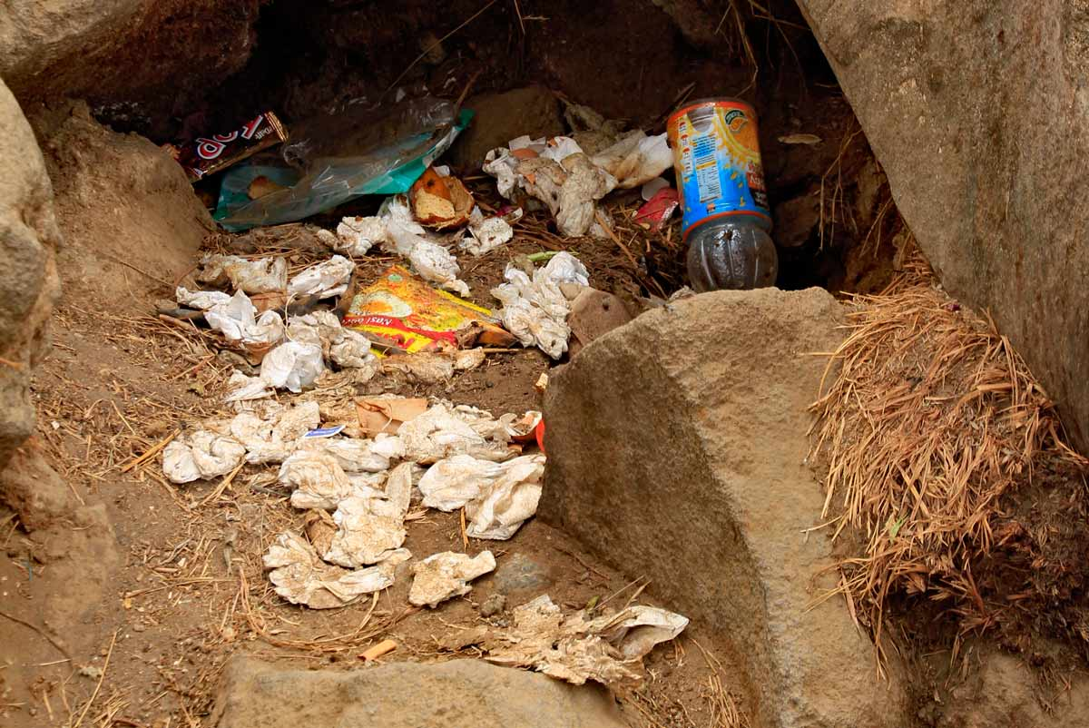 worst places to visit in southeast asia Mount Rinjani trash Indonesia